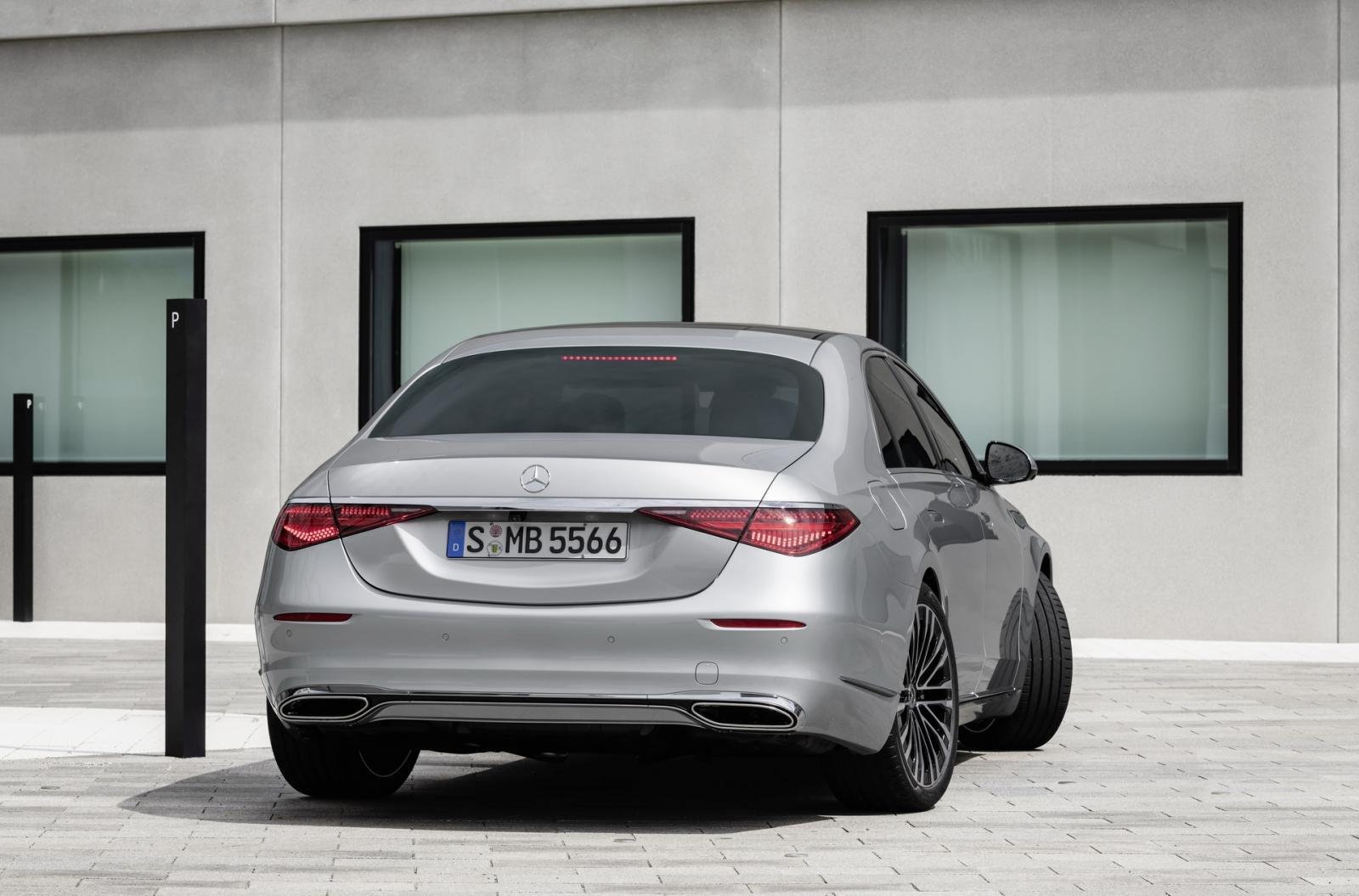 Mercedes S-Class 2021 mới ẩn chứa nhiều điều thú vị.