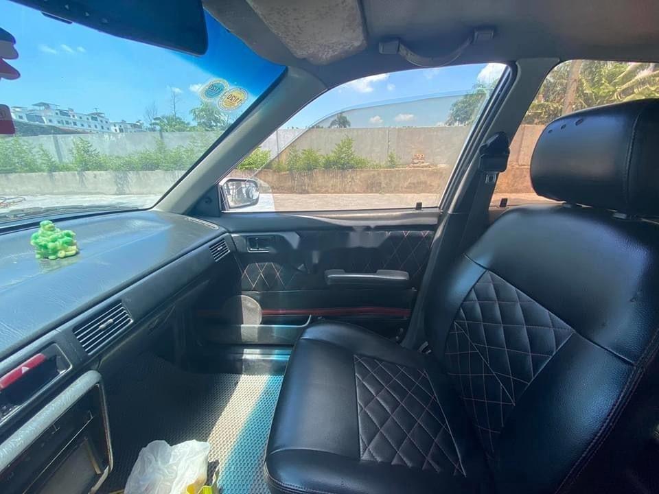 Cần bán lại xe Mazda 323 đời 1995, màu bạc, nhập khẩu (5)