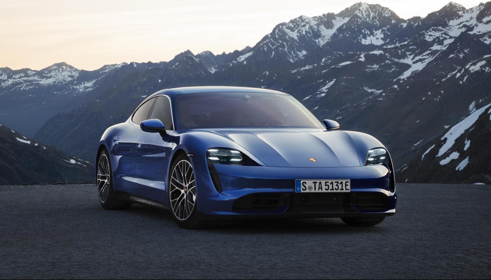 Porsche Taycan ra mắt Việt Nam.