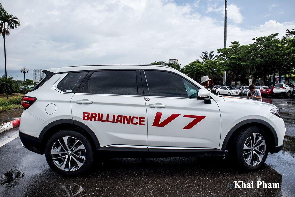 Ảnh Thân xe Brilliance V7 2020