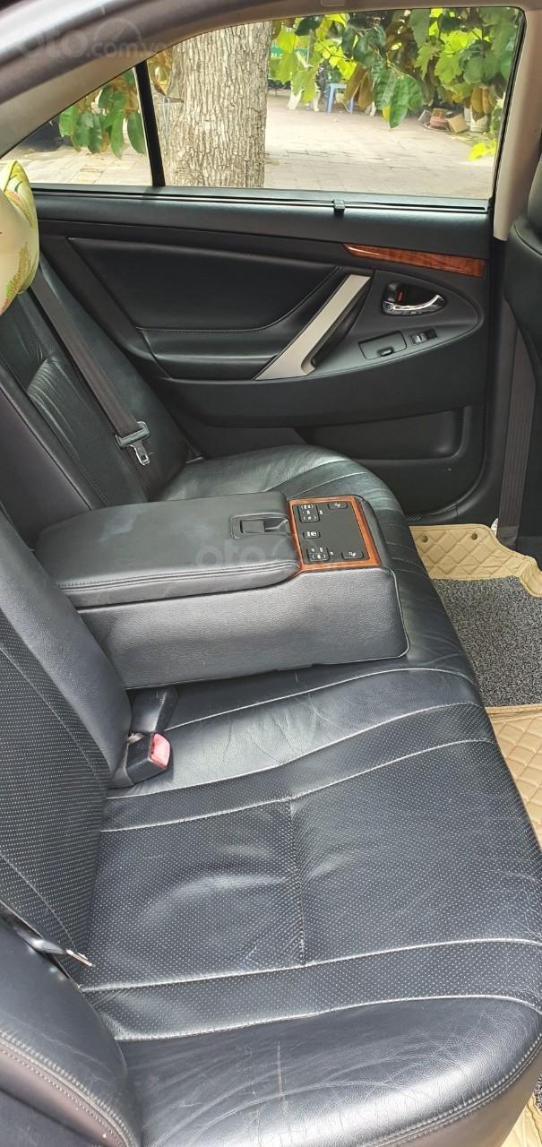 Cần bán xe Toyota Camry 2007, số tự động, chủ đi cực giữ gìn nên còn rất mới, giá tốt (5)