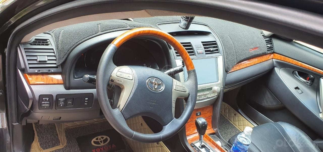 Cần bán xe Toyota Camry 2007, số tự động, chủ đi cực giữ gìn nên còn rất mới, giá tốt (7)