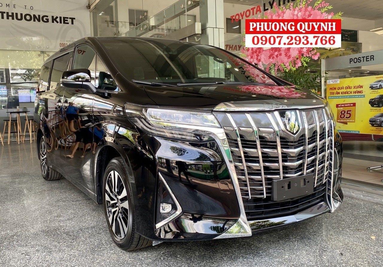 Toyota Alphard - Chuyên cơ mặt đất - đẳng cấp thương gia (1)