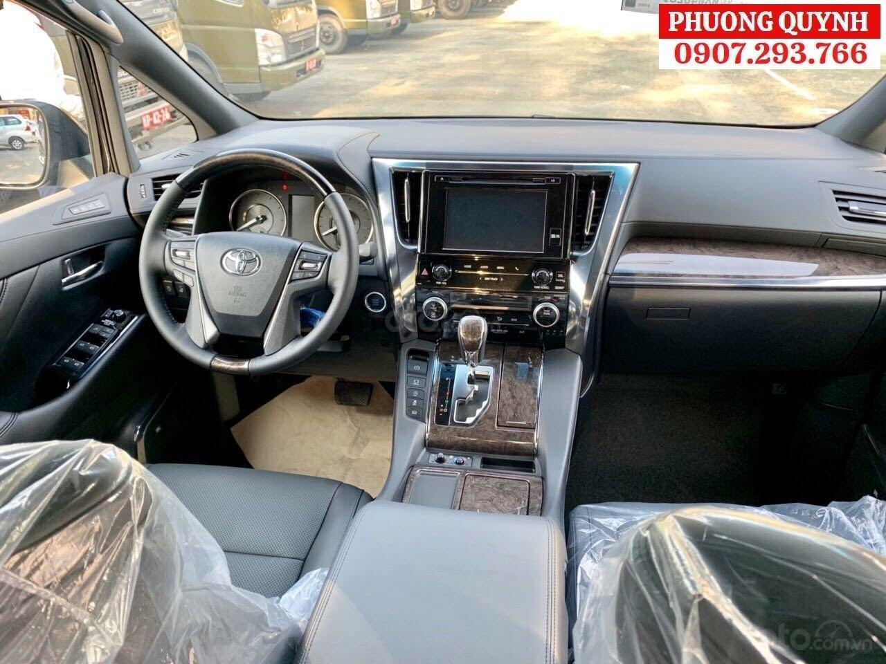 Toyota Alphard - Chuyên cơ mặt đất - đẳng cấp thương gia (6)