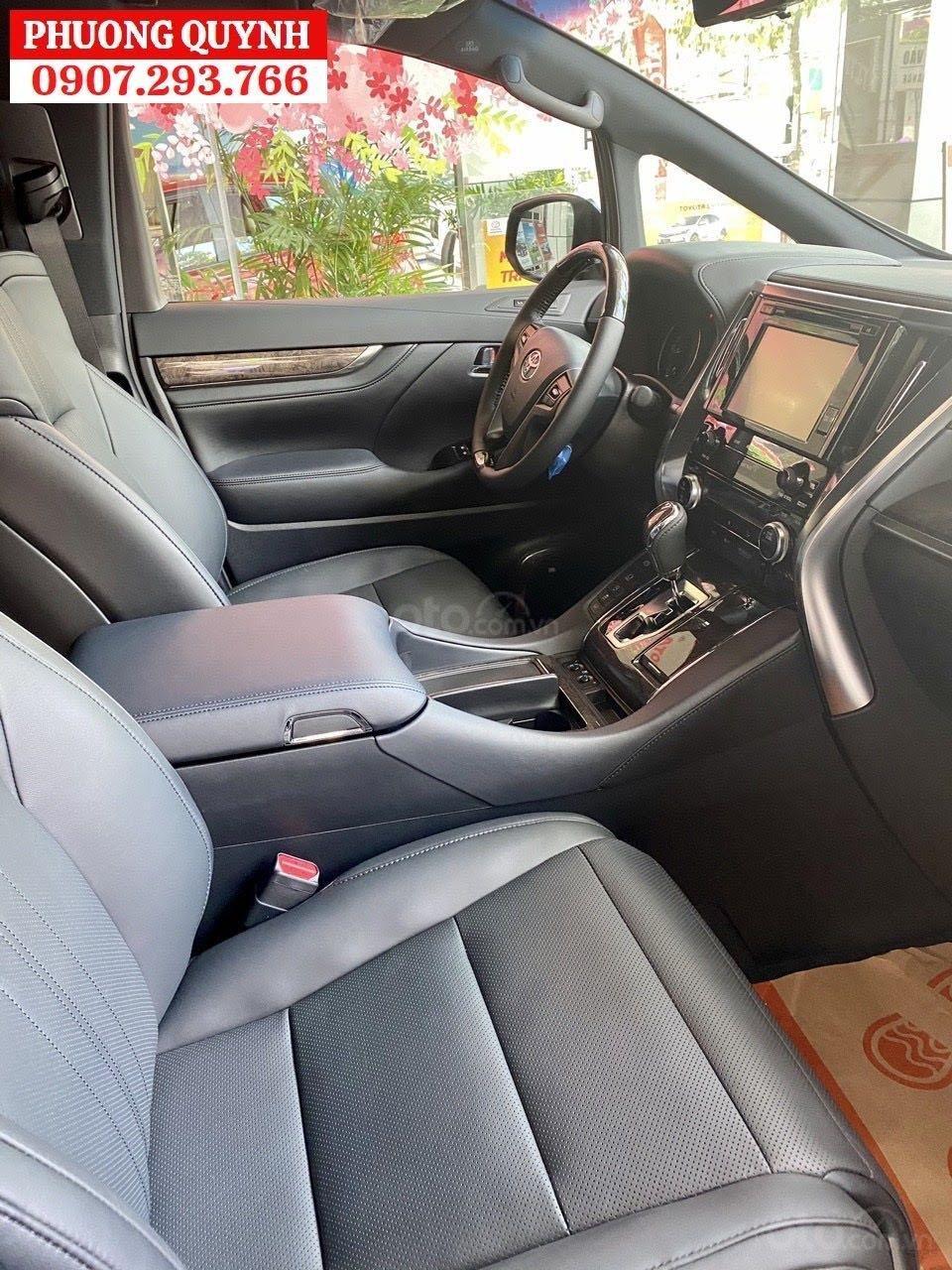 Toyota Alphard - Chuyên cơ mặt đất - đẳng cấp thương gia (10)