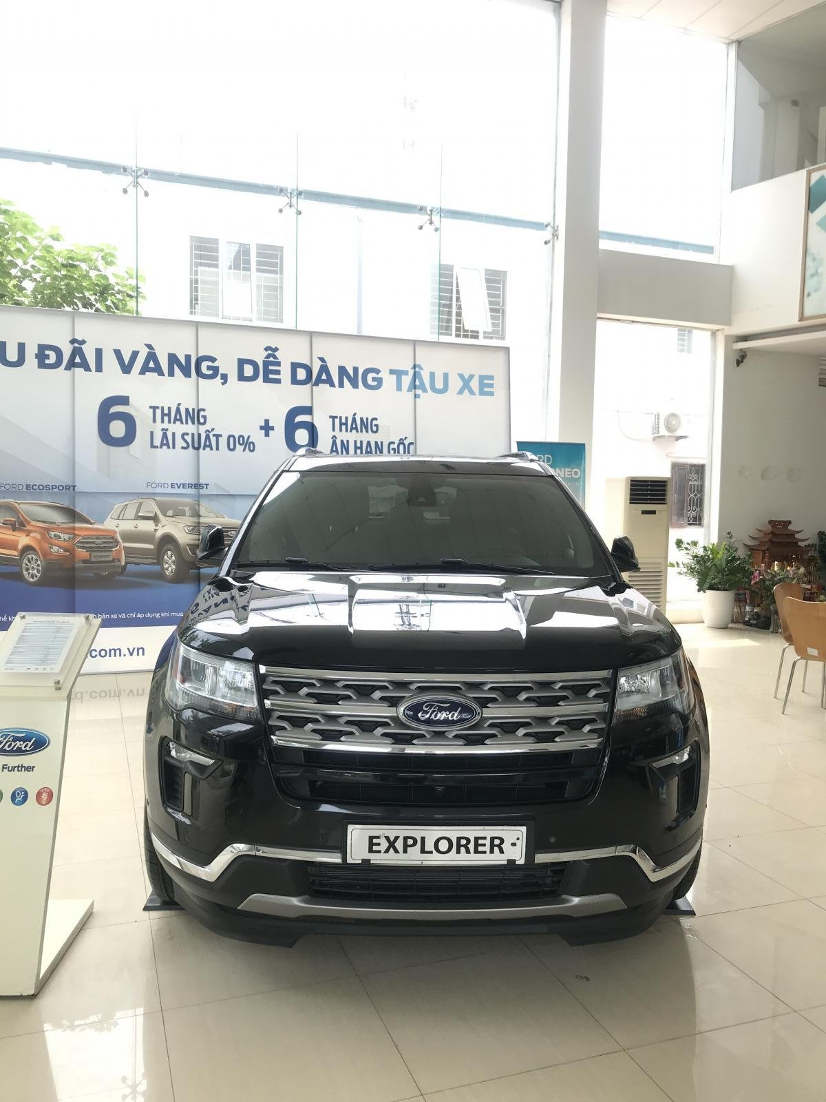 Ford Explorer Limited 2.3 Ecoboost AT 4WD (1)