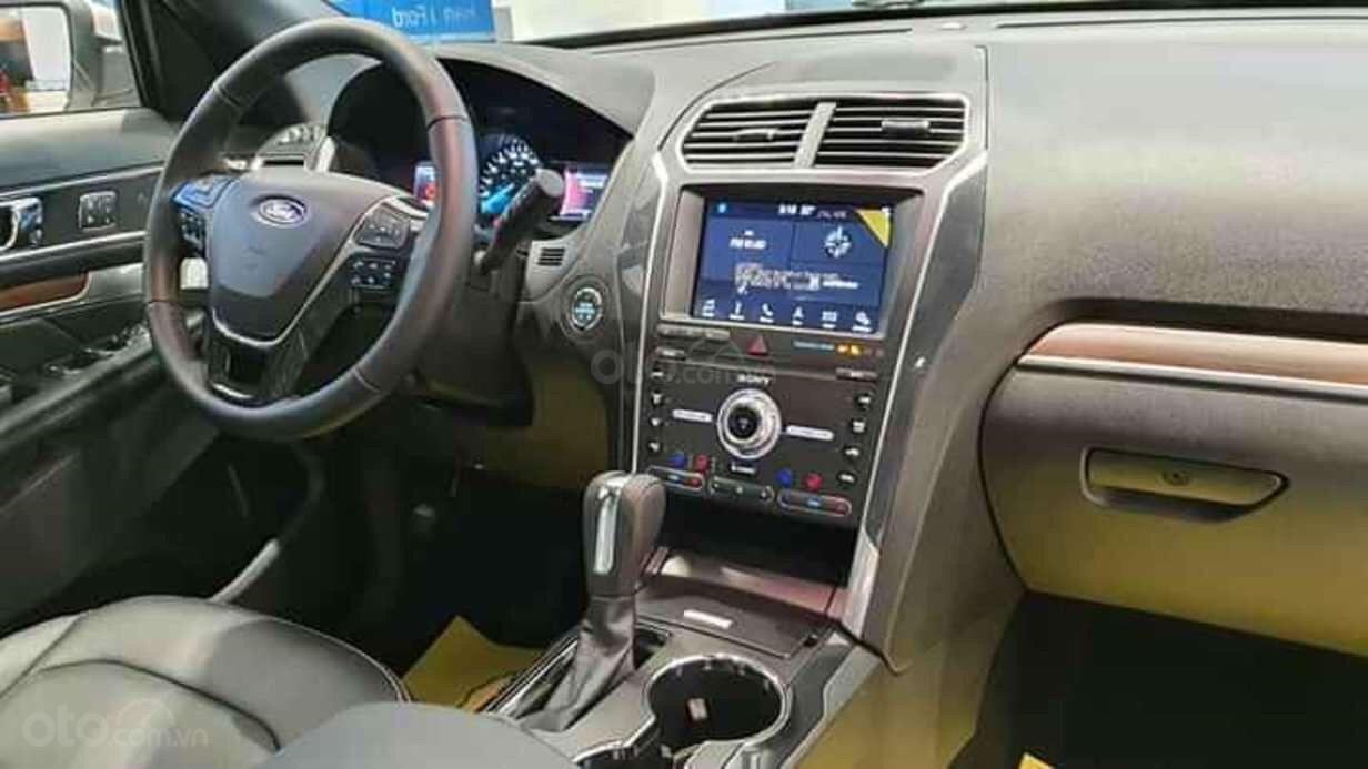 Ford Explorer Limited 2.3 nhập khẩu, ưu đãi hơn 300tr tiền mặt (5)