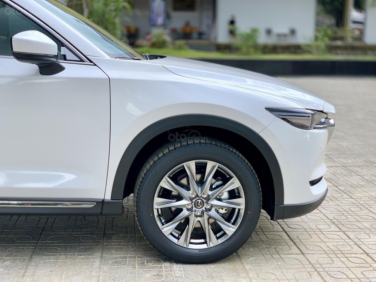 Mazda CX8 ưu đãi giảm 200 triệu + bảo hiểm vật chất xe (6)