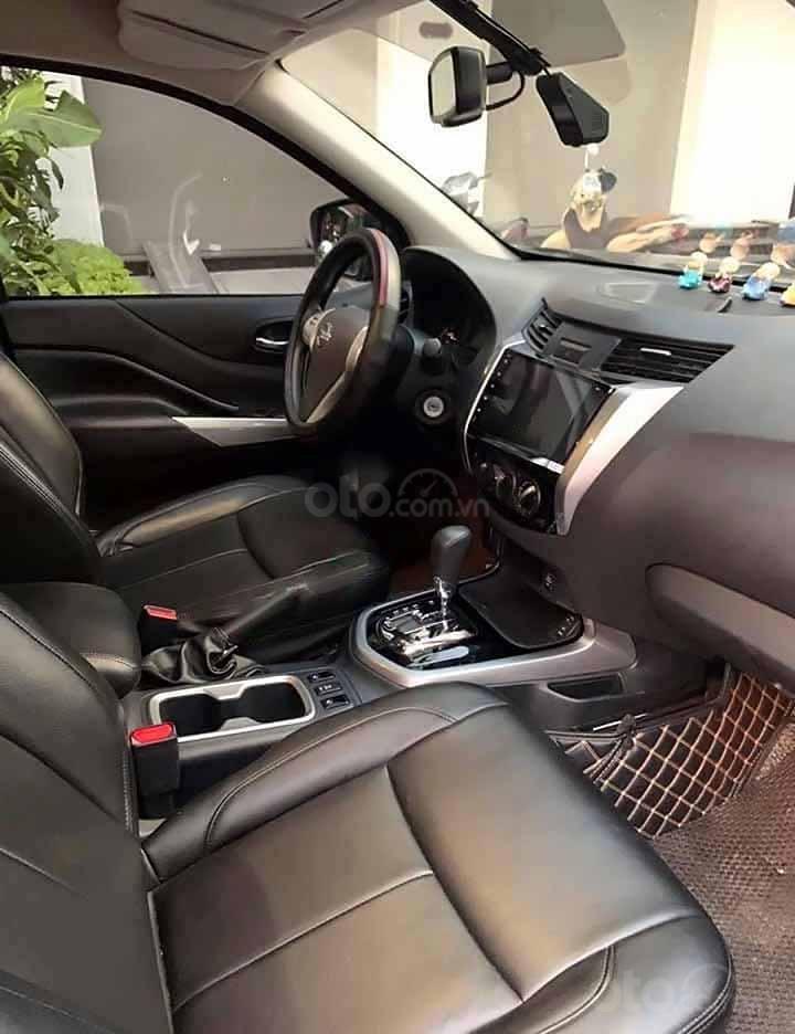 Bán xe Nissan Terra E 2.5 AT 2WD 2018, màu đen, xe nhập còn mới (3)