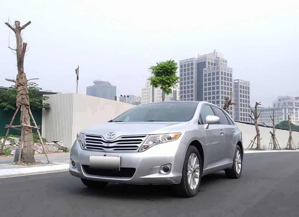 Bán Toyota Venza năm 2009, màu bạc, xe nhập còn mới (1)