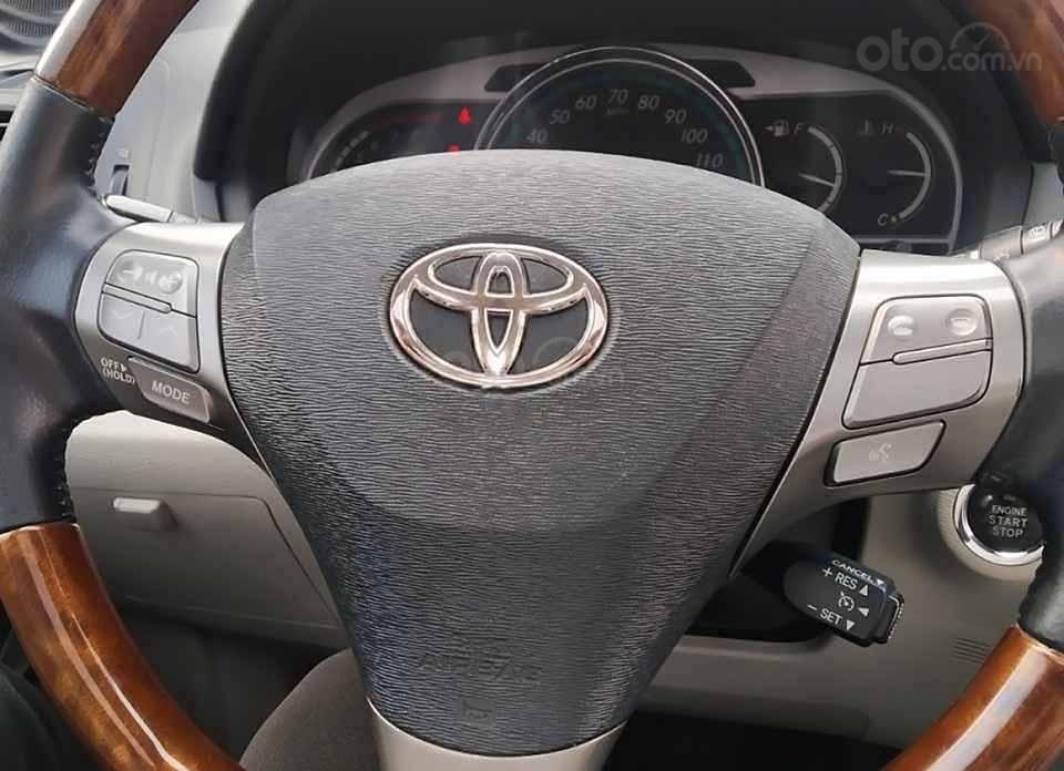 Bán Toyota Venza năm 2009, màu bạc, xe nhập còn mới (3)