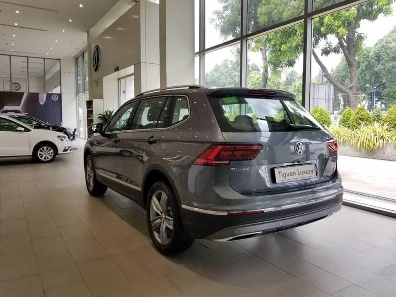 Bán Volkswagen Tiguan Luxury năm 2020, màu xám, nhập khẩu (3)
