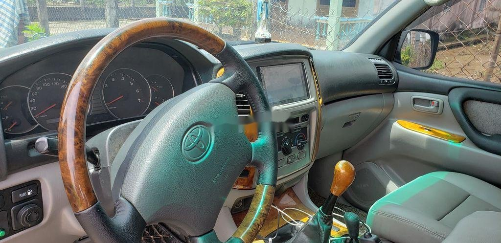 Cần bán lại xe Toyota Land Cruiser năm 2003, màu đen, giá 365tr (3)