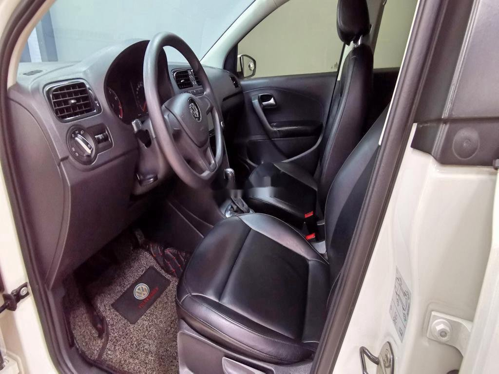 Cần bán lại xe Volkswagen Polo năm sản xuất 2016, màu trắng   (9)