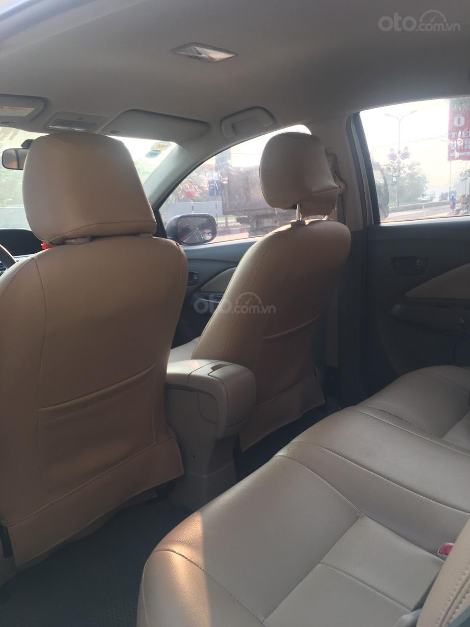 Cần bán Toyota Vios năm sản xuất 2010 giá cạnh tranh (6)