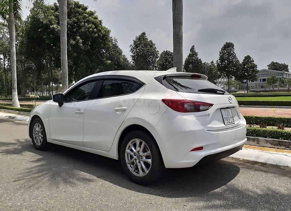 Bán xe Mazda 3 1.5 AT đời 2018, màu trắng còn mới  (3)