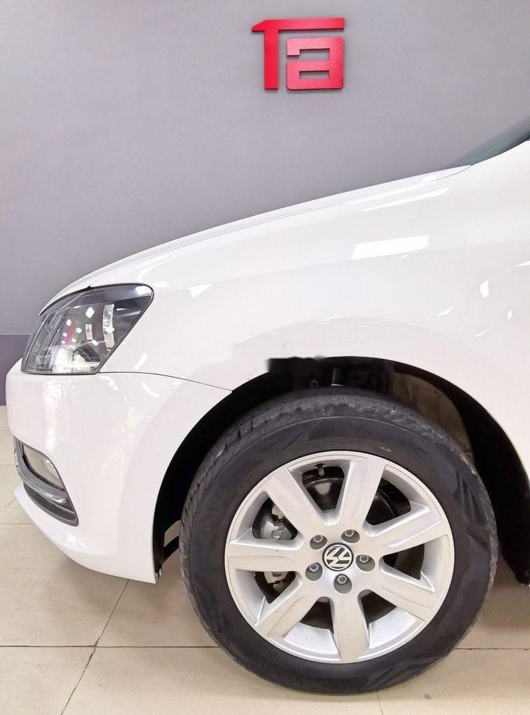 Cần bán lại xe Volkswagen Polo năm sản xuất 2016, màu trắng   (5)