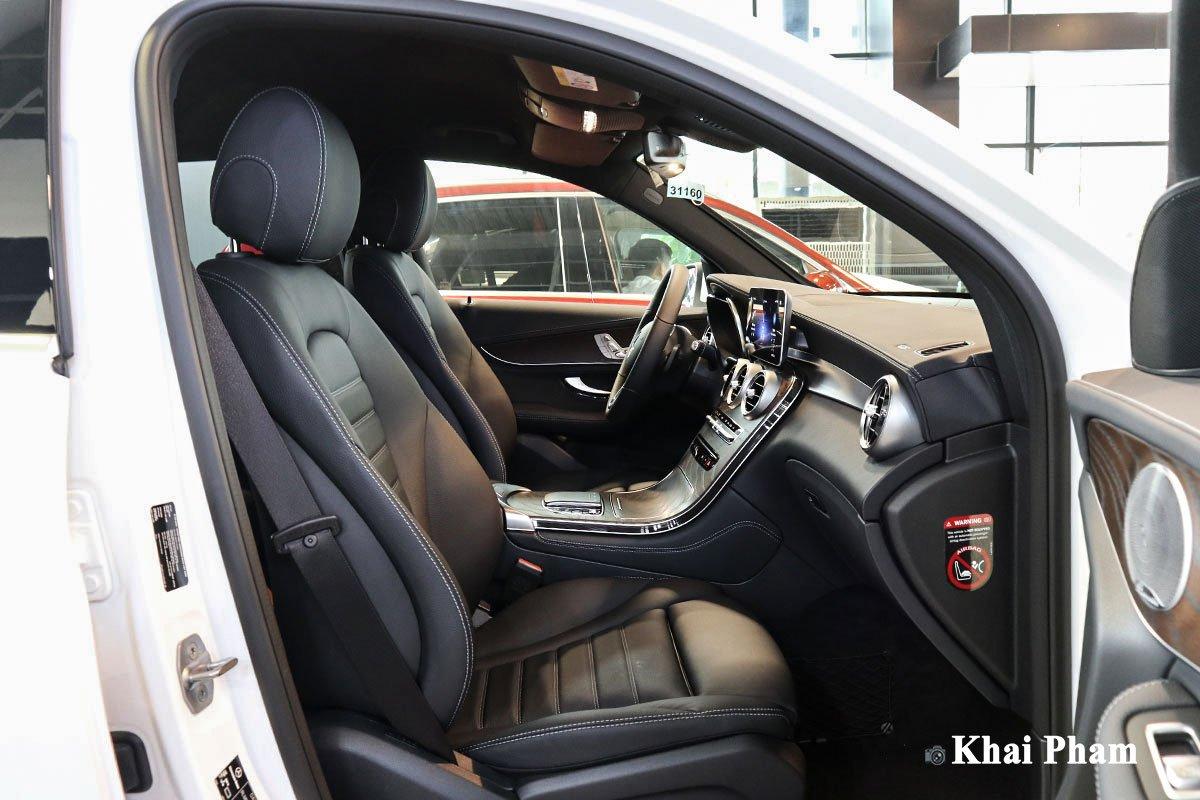 Nội thất Mercedes-Benz GLC200 4MATIC 2021 3.