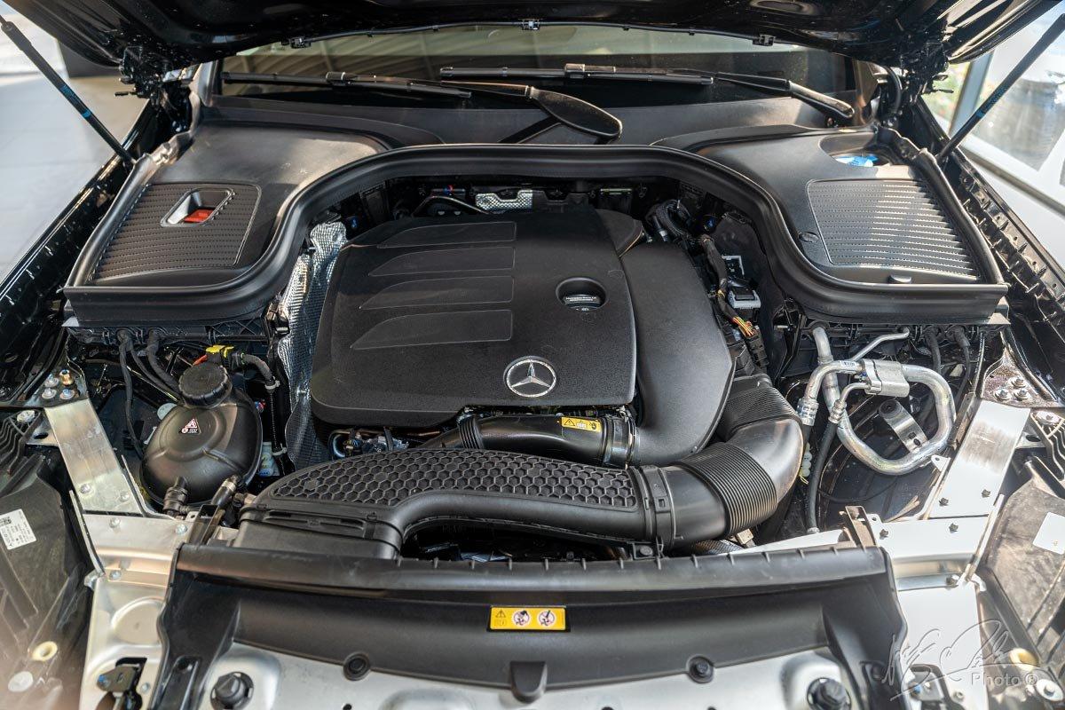 Động cơ Mercedes-Benz GLC 200 2021.