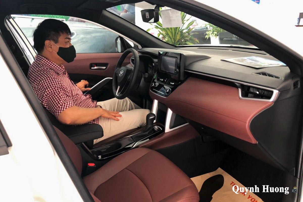 Toyota Corolla Cross 1.8G 2020 về đại lý, thu hút khách hàng không kém Kia Seltos a6