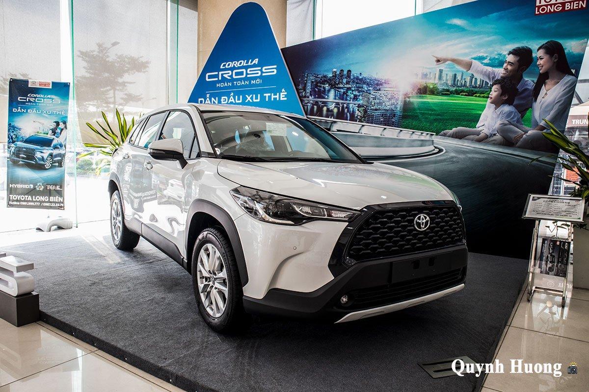 Toyota Corolla Cross 1.8G 2020 về đại lý, thu hút khách hàng không kém Kia Seltos a1