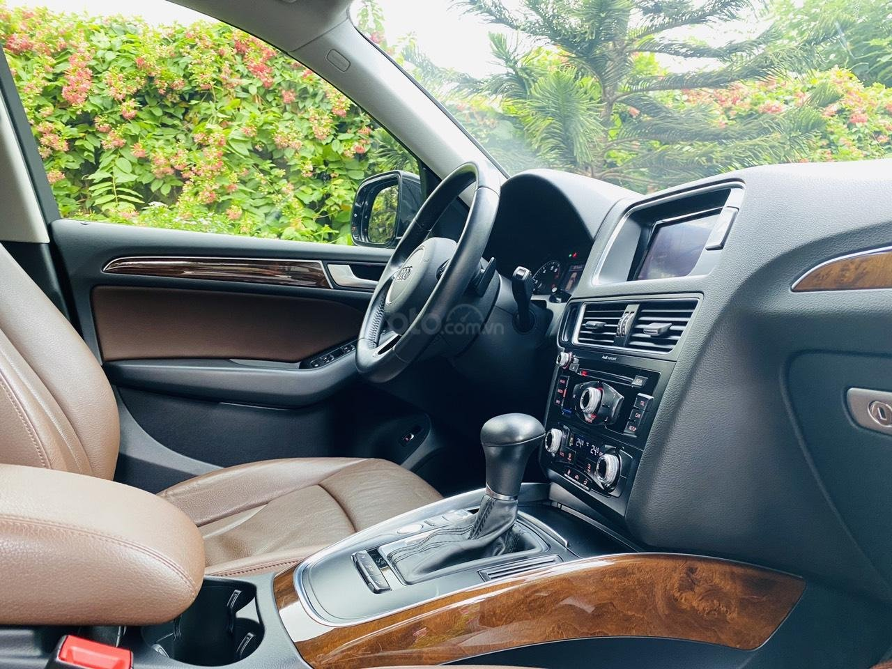Cần bán lại xe Audi Q5 sản xuất năm 2014 (9)