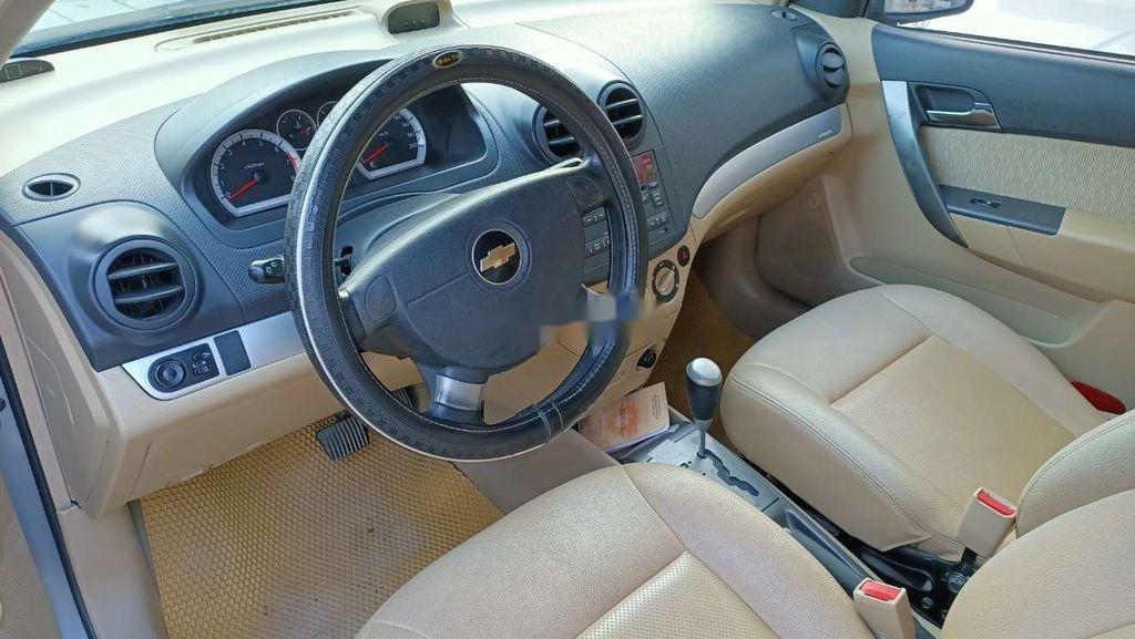 Bán Chevrolet Aveo năm sản xuất 2013, chính chủ, giá cạnh tranh (4)