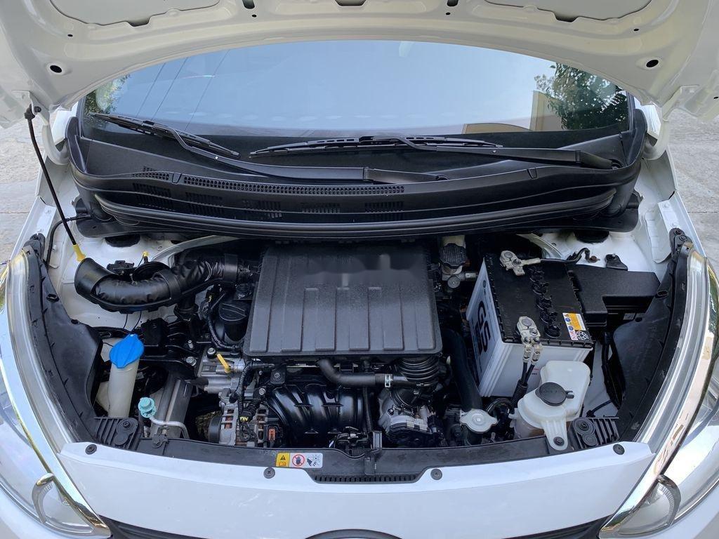 Cần bán lại xe Hyundai Grand i10 sản xuất 2015, màu trắng, nhập khẩu   (4)