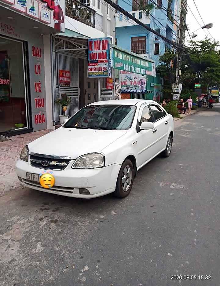 Cần bán xe Daewoo Lacetti Ex 2010, màu trắng còn mới (1)