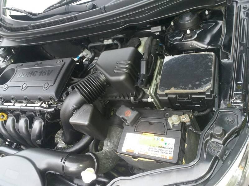 Cần bán xe Kia Cerato 2011, màu đen, xe nhập (13)