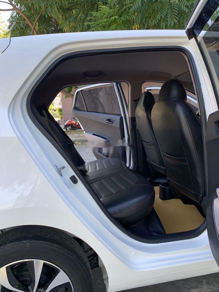 Cần bán lại xe Hyundai Grand i10 sản xuất 2015, màu trắng, nhập khẩu   (6)
