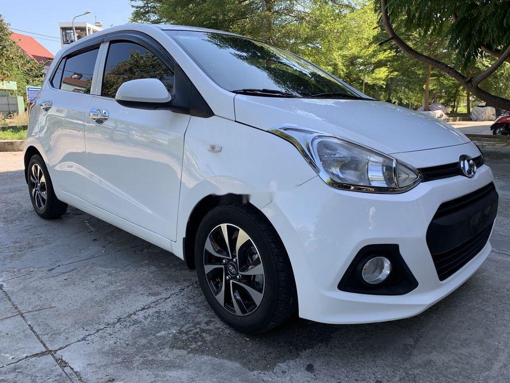 Cần bán lại xe Hyundai Grand i10 sản xuất 2015, màu trắng, nhập khẩu   (1)