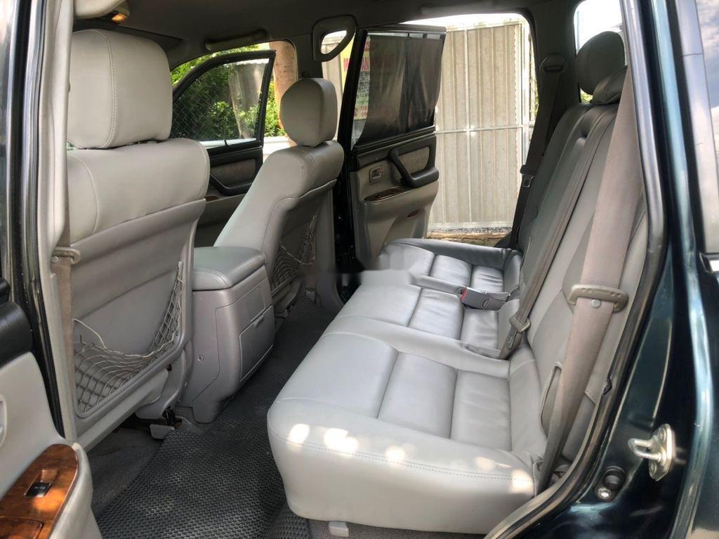 Bán xe Toyota Land Cruiser sản xuất 2003, màu xanh lam, xe nhập còn mới, giá chỉ 305 triệu (10)
