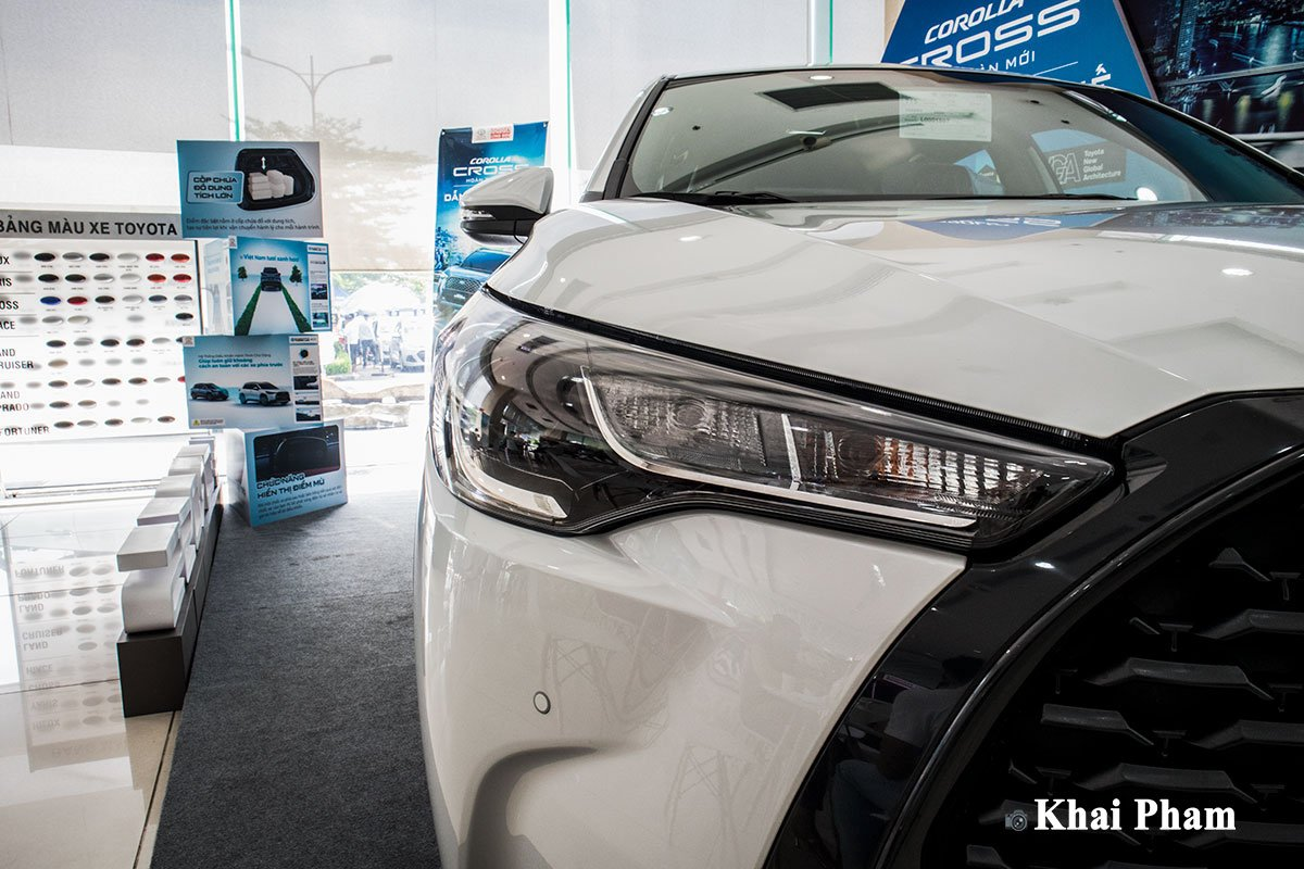 Ảnh Đèn pha xe Toyota Corolla Cross 1.8G 2020