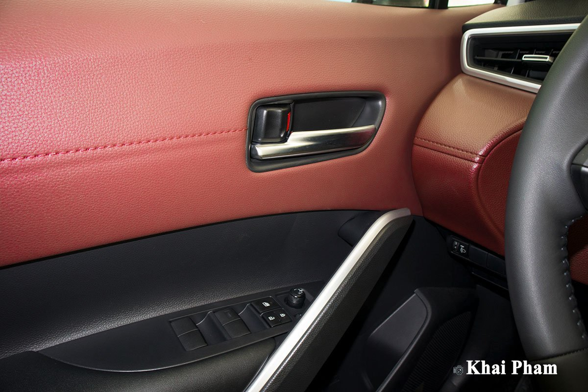 Ảnh Táp-li xe Toyota Corolla Cross 1.8G 2020