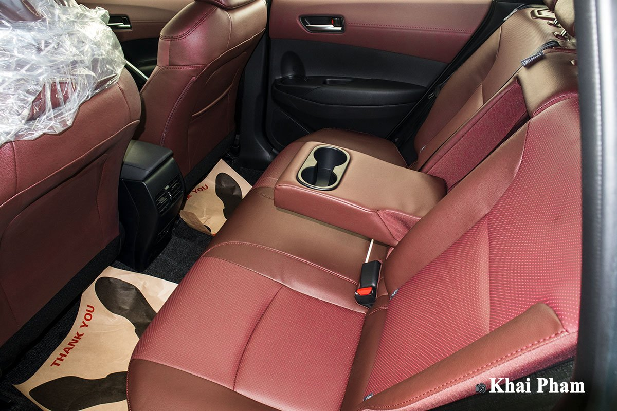 Ảnh Ghế sau xe Toyota Corolla Cross 1.8G 2020 a1