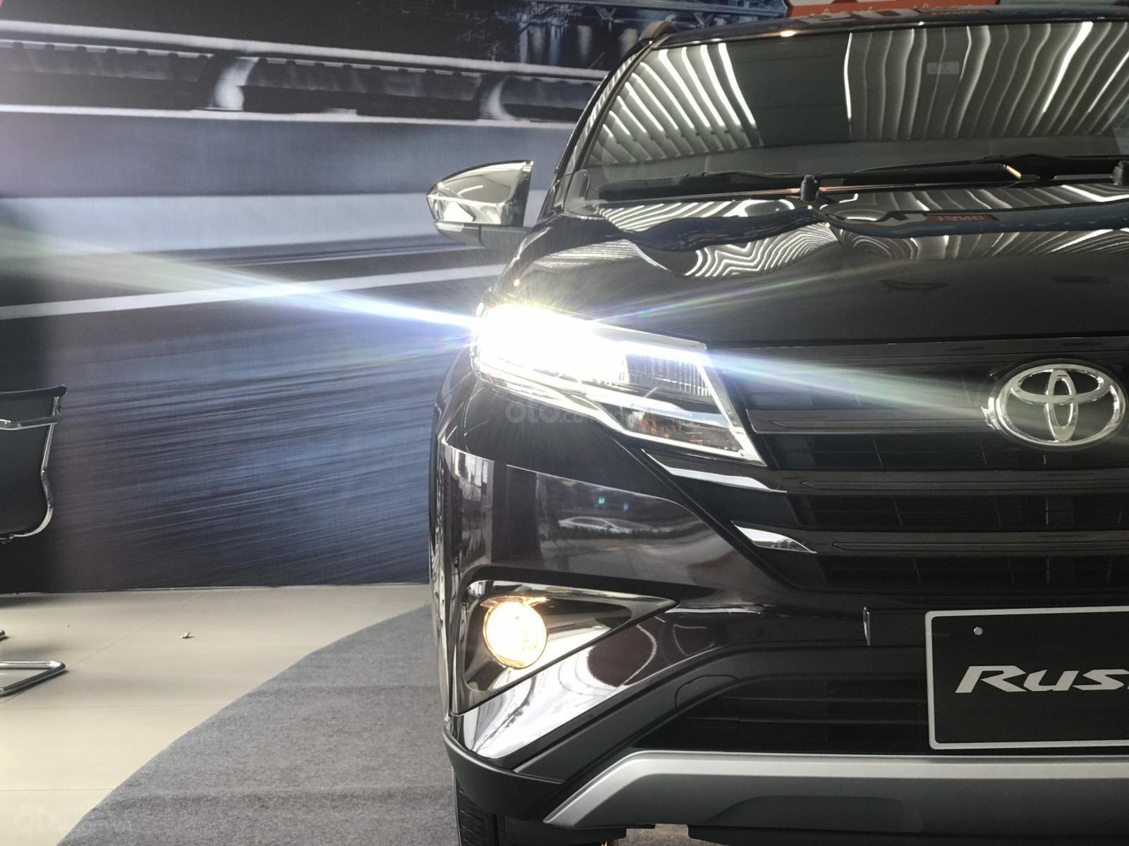 Toyota Rush nhập khẩu nguyên chiếc, khuyến mãi khủng tháng 9/2020, xe đủ màu giao ngay (3)