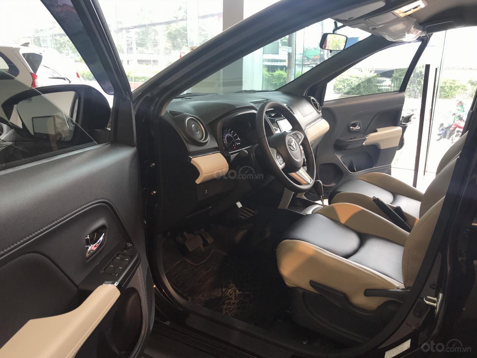 Toyota Rush nhập khẩu nguyên chiếc, khuyến mãi khủng tháng 9/2020, xe đủ màu giao ngay (6)
