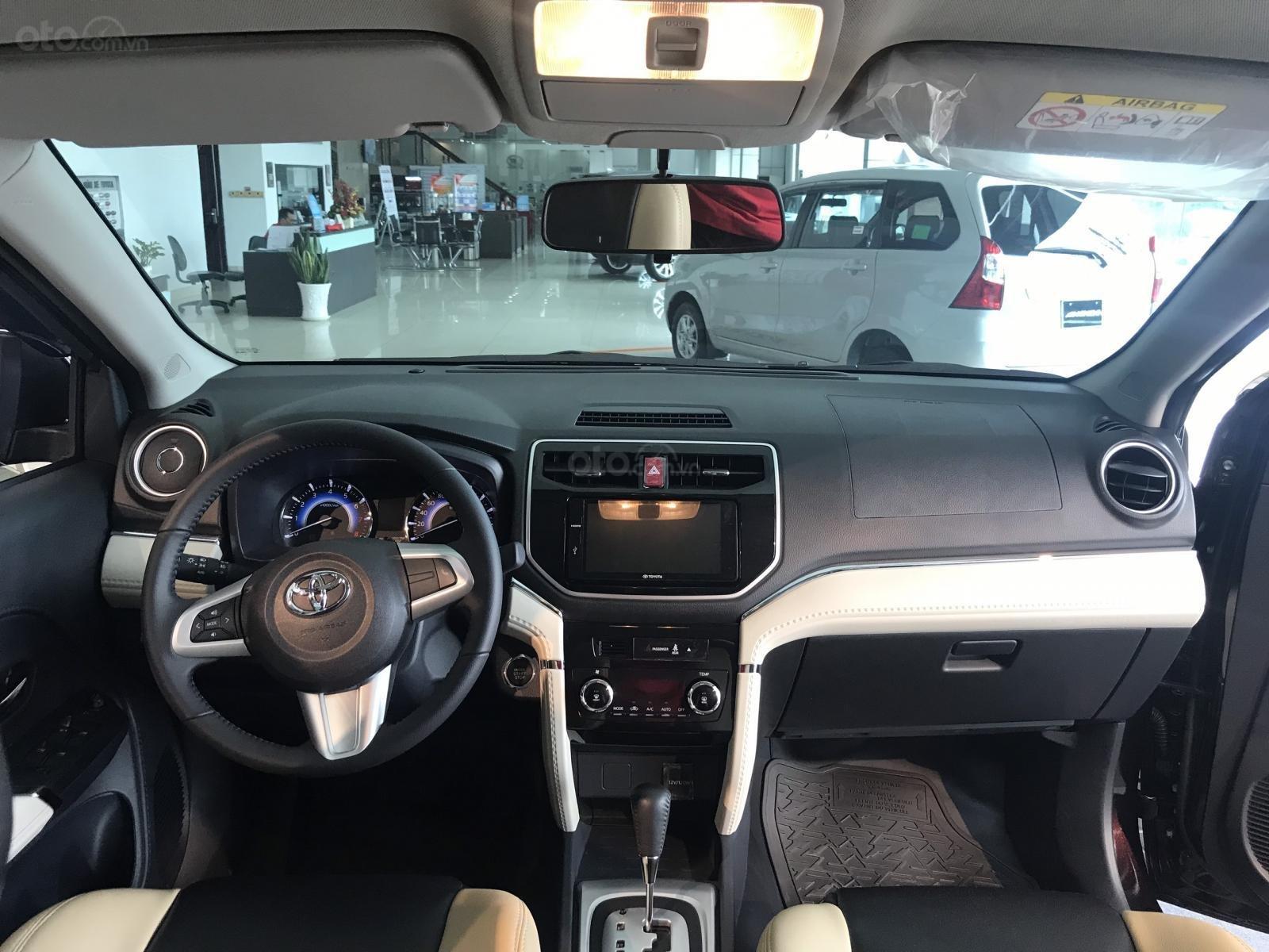 Toyota Rush nhập khẩu nguyên chiếc, khuyến mãi khủng tháng 9/2020, xe đủ màu giao ngay (8)