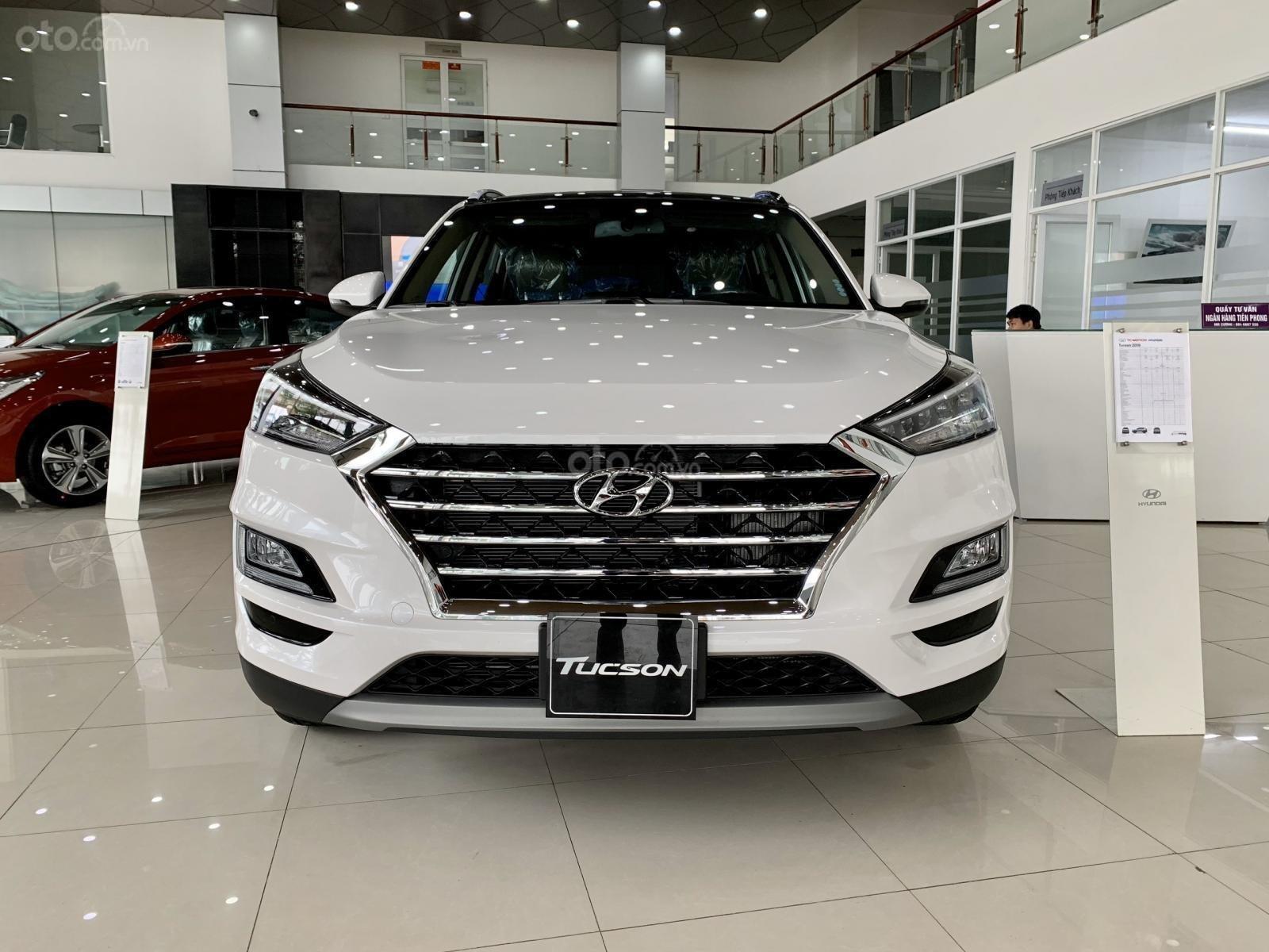 Hyundai Tucson 2020 giảm ngay 50% thuế TB + quà tặng cực kỳ hấp dẫn, trả trước 200 triệu nhận ngay xe (2)