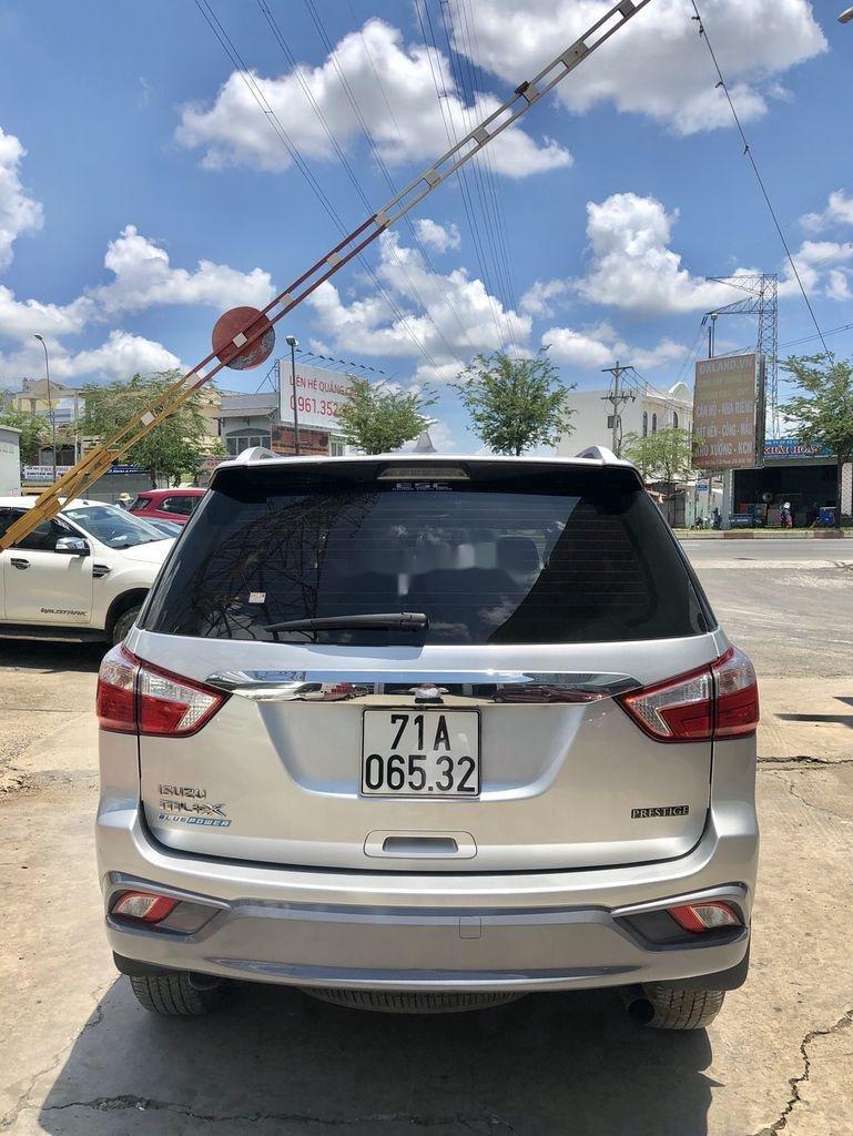Bán Isuzu Dmax 2018, màu bạc, xe nhập, số tự động (9)