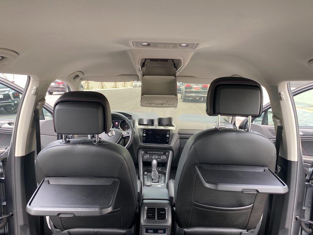 Cần bán lại xe Volkswagen Tiguan 2018, màu xám, nhập khẩu nguyên chiếc (10)