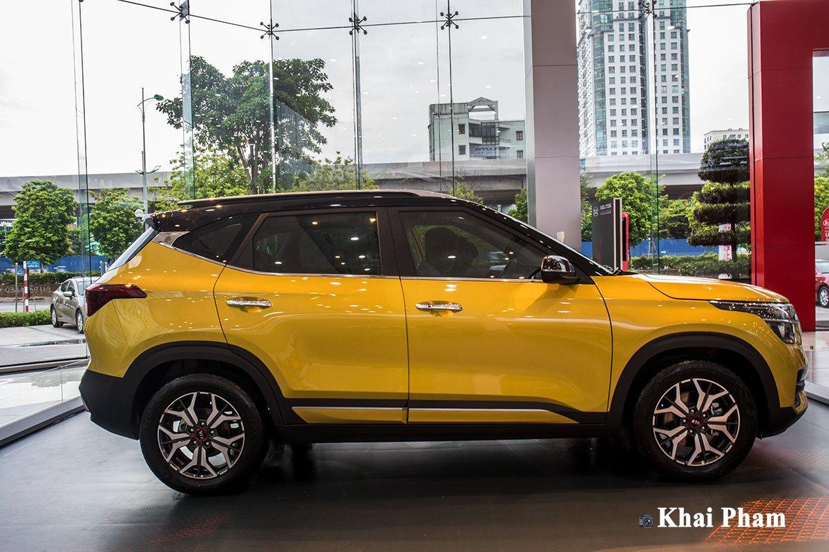 Ảnh Thân xe Kia Seltos Luxury 2020
