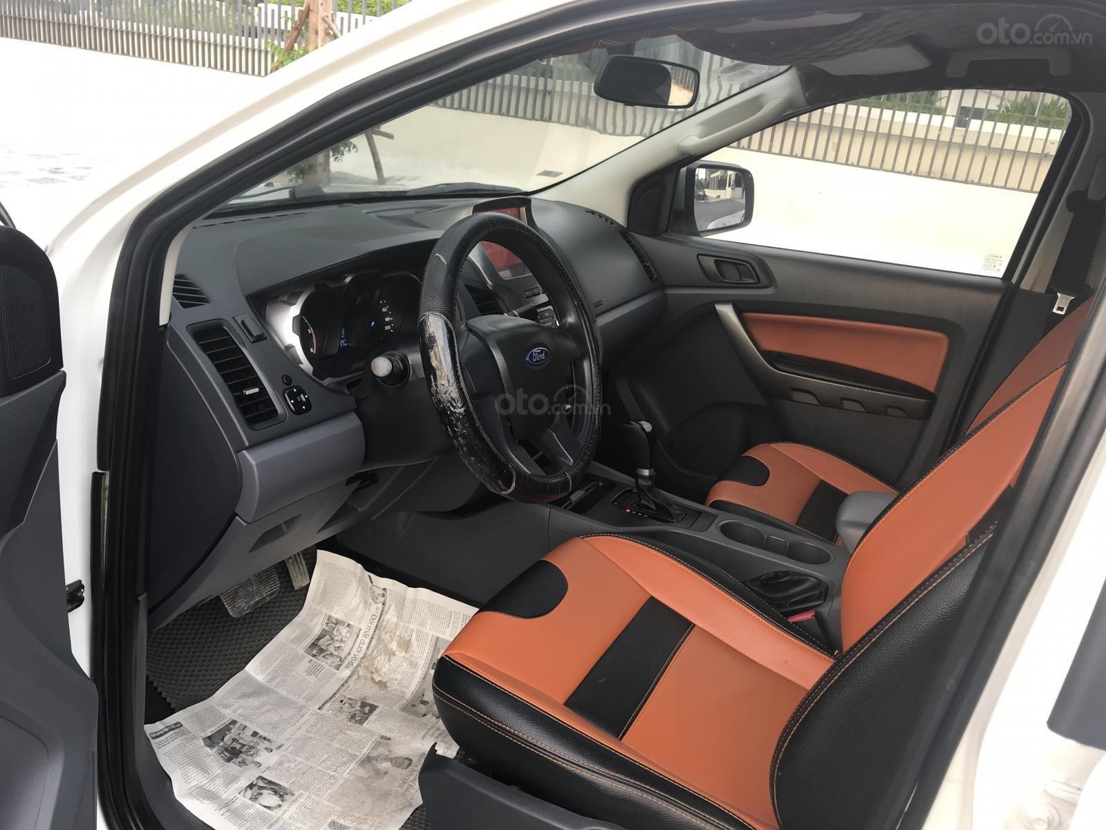 Cần bán gấp Ford Ranger 2.2 số tự động, SX 2014, xe đẹp (7)