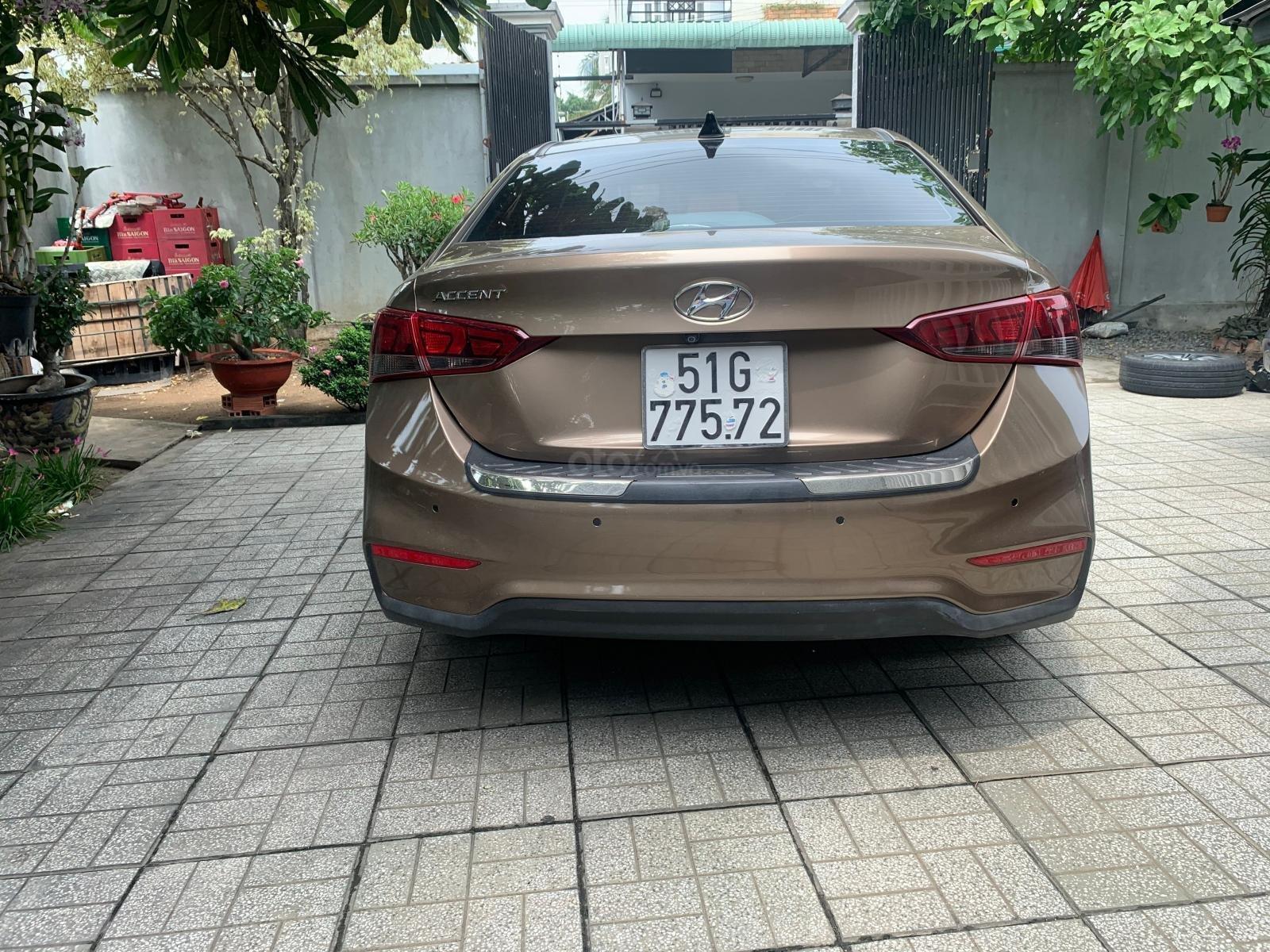 Hyundai Accent 1.4MT 2018 màu vàng - tặng 100% phí trước bạ + bảo hiểm vật chất (5)