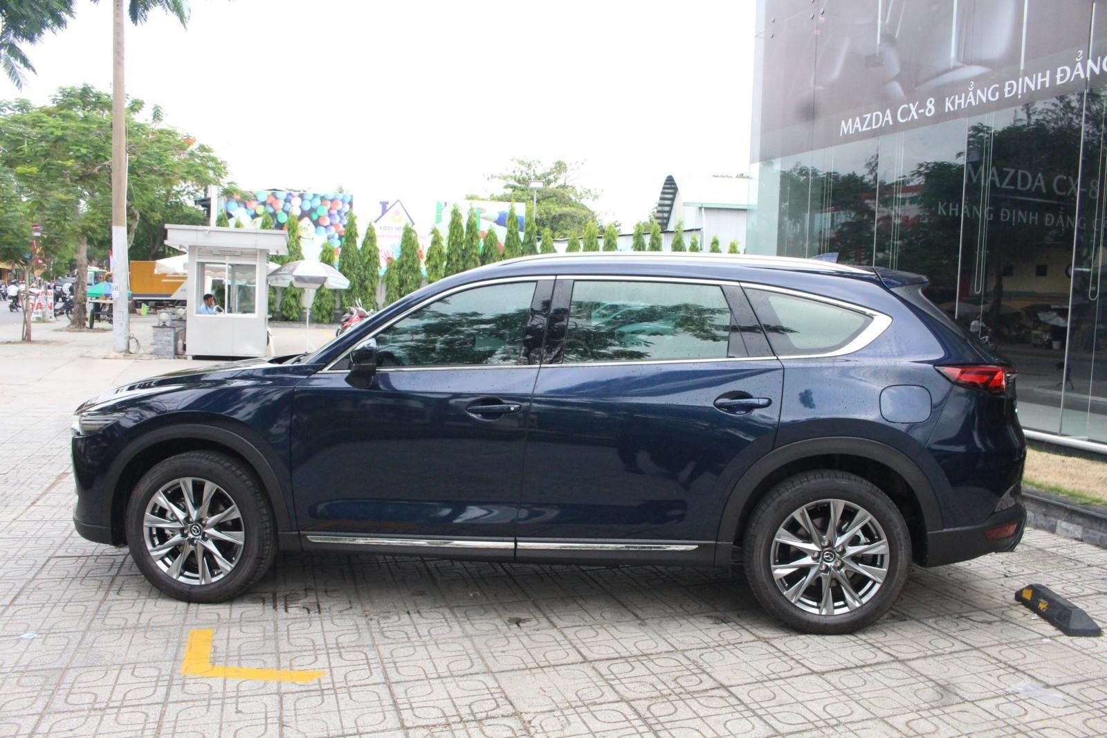 Mazda CX8 Luxury - ưu đãi hơn 200tr - đủ màu - tặng phụ kiện - chỉ 287tr (2)
