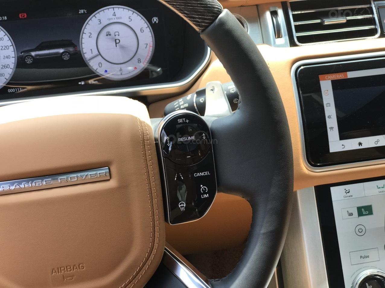 Bán xe Range Rover SV Autobiography 3.0 màu đỏ 2020, xe có sẵn giao ngay toàn quốc, giá tốt LH Ms Hương (11)