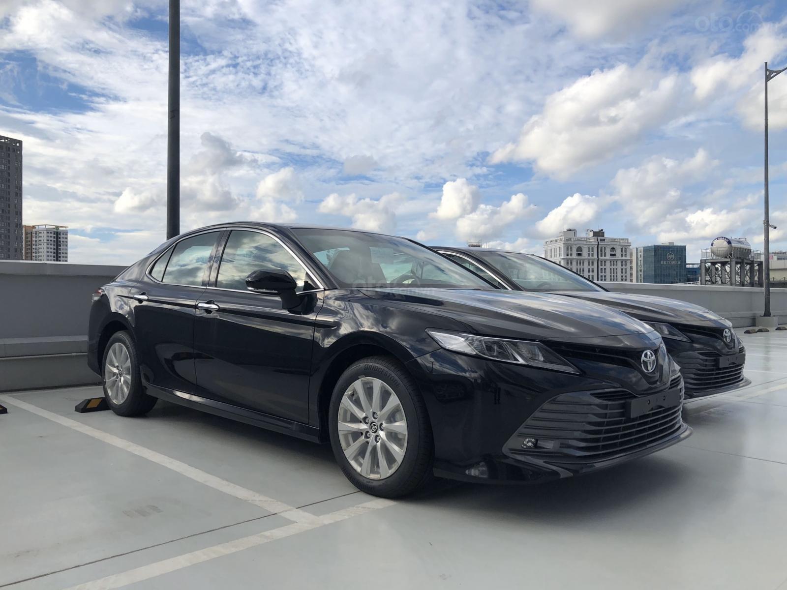 Toyota Camry 2020 nhập Thái Lan, chỉ 350tr nhận xe, giao xe ngay, giá tốt (1)