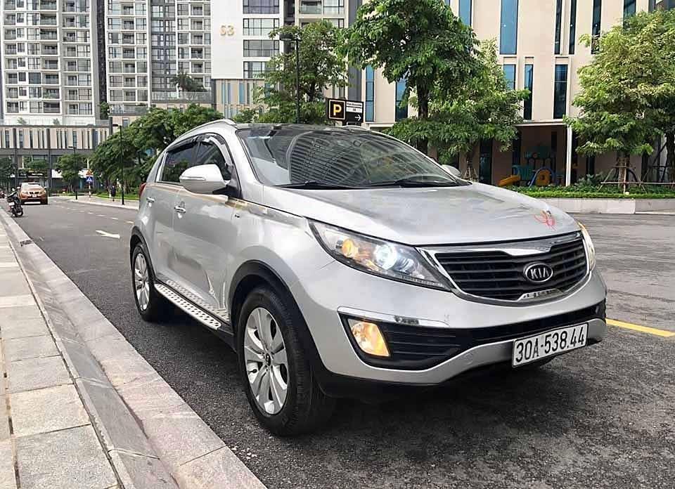 Bán xe Kia Sportage 2011, màu bạc, xe nhập chính chủ (1)