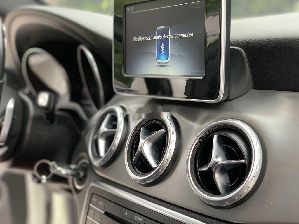 Bán Mercedes GLA 250 4matic sản xuất năm 2015, nhập khẩu nguyên chiếc (10)